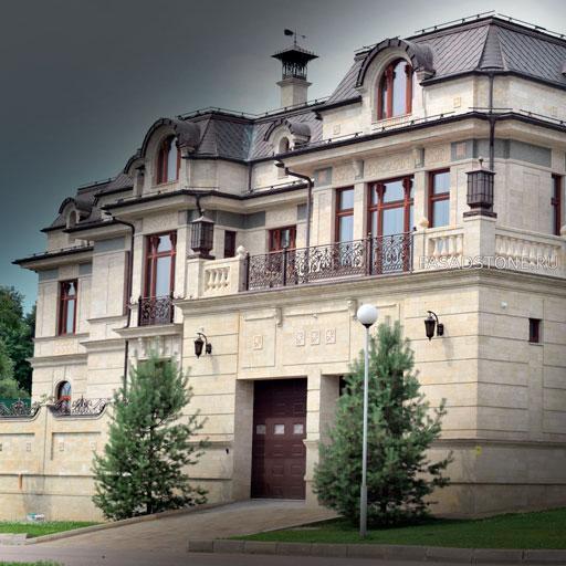 Внешняя облицовка дома дагестанским камнем